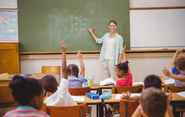 """e-office在教育行业:打造平台化的""""数字校园"""""""